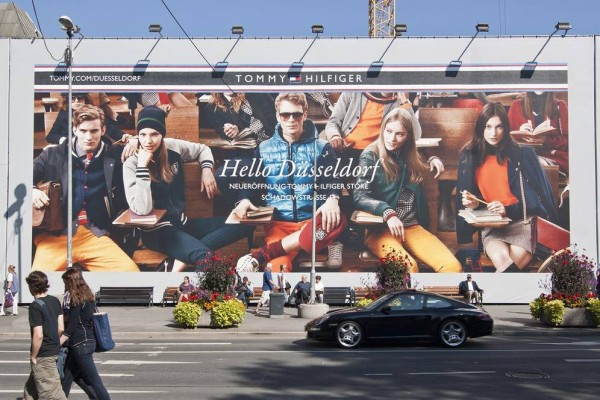 Interactive media experience for Tommy Hilfiger Düsseldorf flagship store